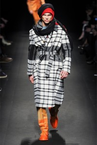 VIVIENNE WESTWOOD FW COLLECTION 2013 (33)