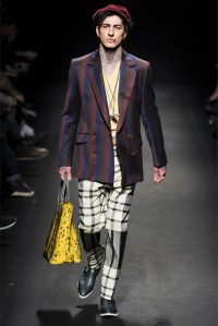 VIVIENNE WESTWOOD FW COLLECTION 2013 (36)