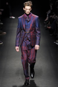 VIVIENNE WESTWOOD FW COLLECTION 2013 (38)