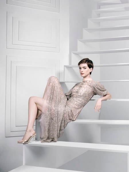 ANNE HATHAWAY HARPERS BAZAAR UK FEBRUARY 2013 (5)