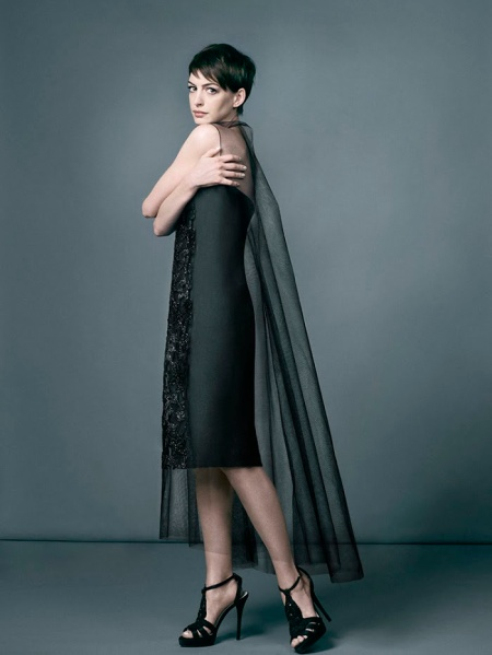 ANNE HATHAWAY HARPERS BAZAAR UK FEBRUARY 2013 (6)