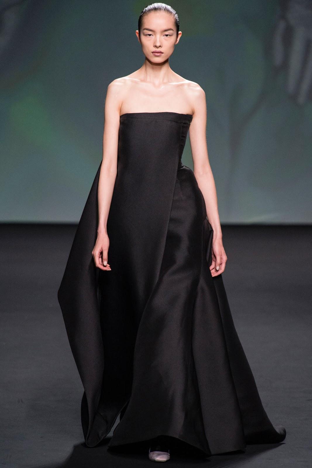CHRISTIAN DIOR HAUTE COUTURE FALL WINTER 2014 (41)  Christian Dior Haute Couture 2014