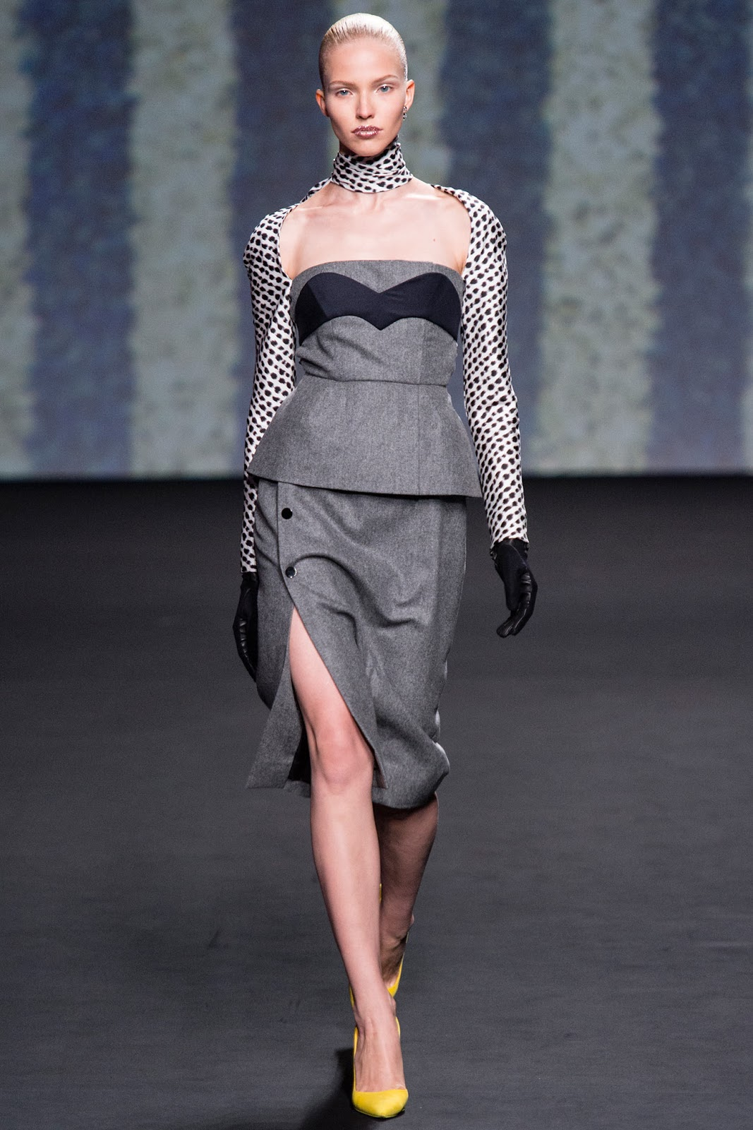 Christian dior haute couture fall winter 2014 for Haute couture winter