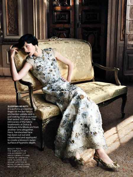 VOGUE US SEPTEMBER 2013 EDIE CAMPBELL (9)